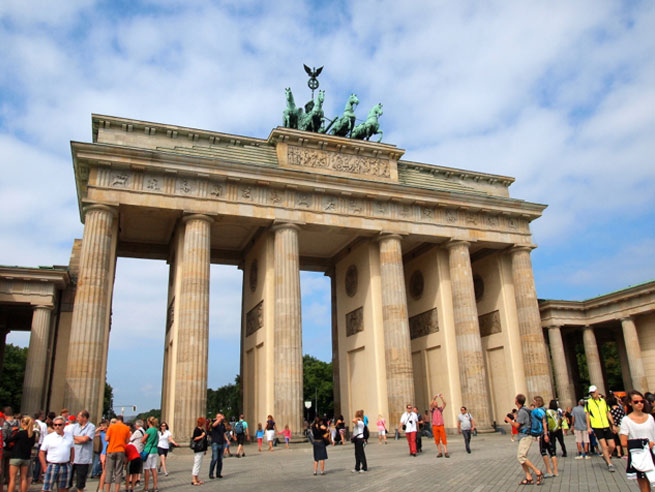 RoamRight gives you 6 Free Things to do in Berlin