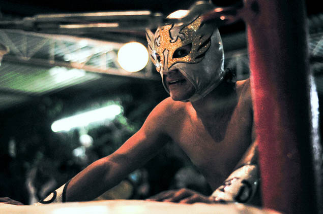 Traveling to Mexico and want an authentic, local experience? Then be sure to read this guide to lucha libre wrestling.