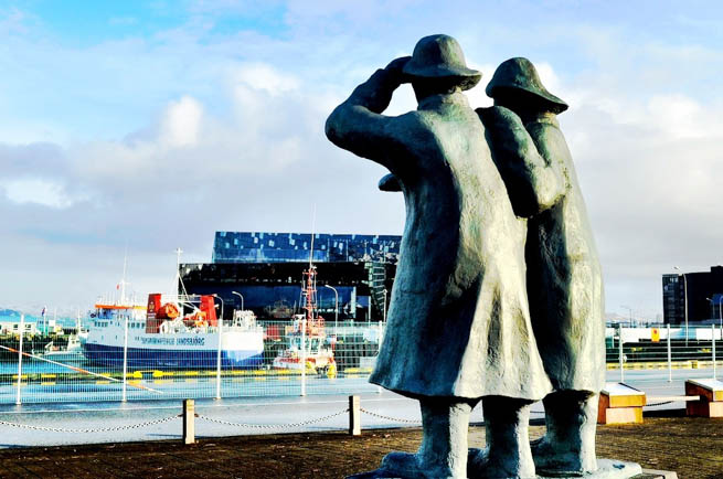 Take a photo tour of Reykjavik, Iceland.