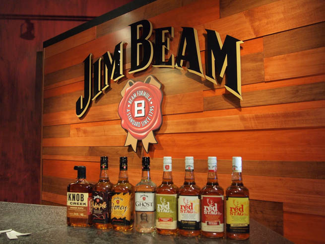Bourbon whiskey is a type of American whiskey