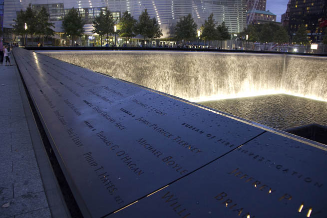 National September 11 Memorial & Museum is the principal memorial and museum commemorating the September 11 attacks of 2001 CT4