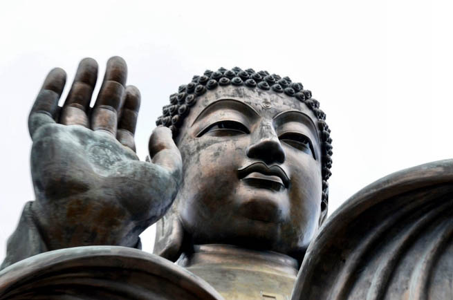 Tian Tan Buddha is a large bronze statue of a Buddha located on Lantau Island in Hong Kong. CT