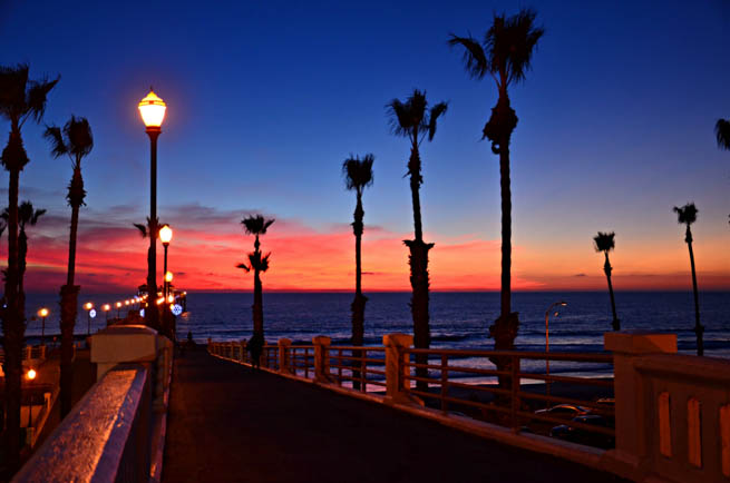 San Diego is a major city in California, on the coast of the Pacific Ocean in Southern California CT