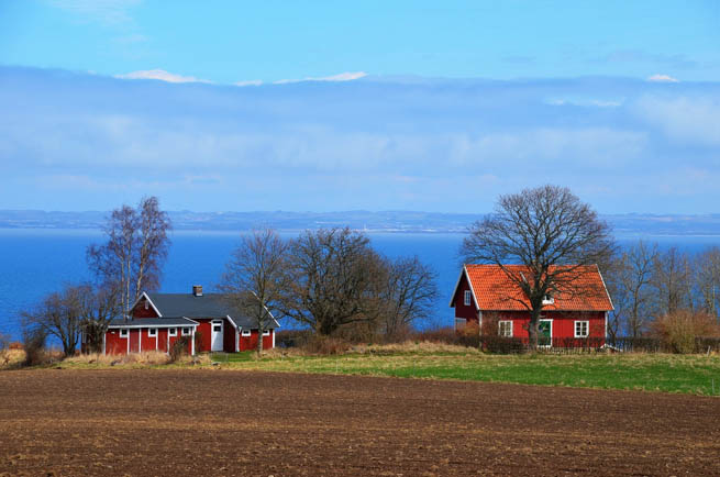 Sweden, officially the Kingdom of Sweden, is a Scandinavian country in Northern Europe