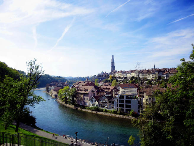 Bern, the capital city of Switzerland, is built around a crook in the Aare River. CT