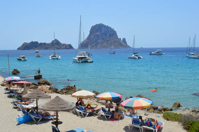 Plan a great trip to Ibiza without spending too much money.