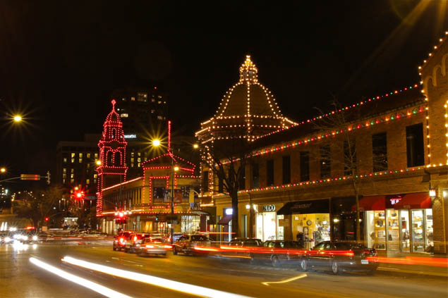 Experience the best of the holidays in Kansas City, Missouri!