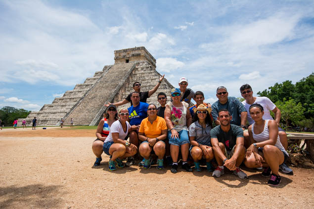 Plan an amazing trip even for a large extended family with these key tips.