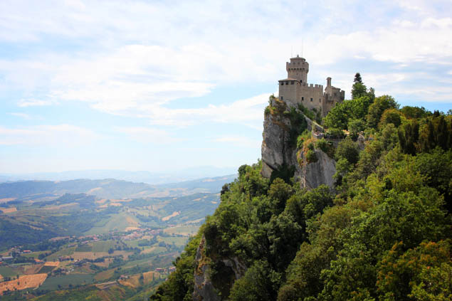 Add San Marino to your travel bucket list and be sure to enjoy these activities while you're there!