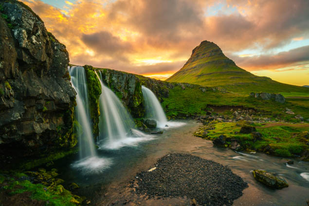 Iceland is a beautiful country known for its landscapes and especially waterfalls - visit the best ones with this guide.