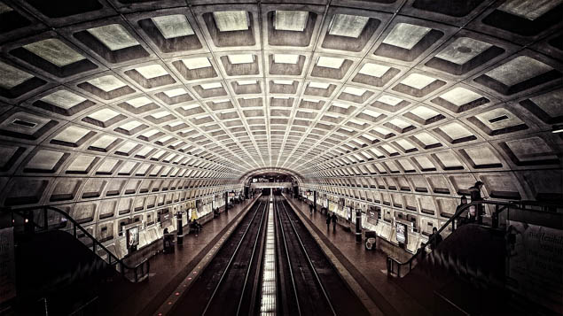 Save some money when you visit Washington, DC with these pro travel tips.