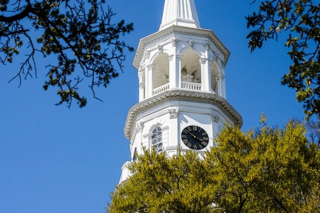 Learn the best ways to keep young kids occupied on a trip to Charleston, South Carolina.