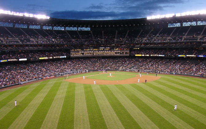 How would you plan a trip to every baseball stadium in America? RoamRight discusses several ways to organize your trip.