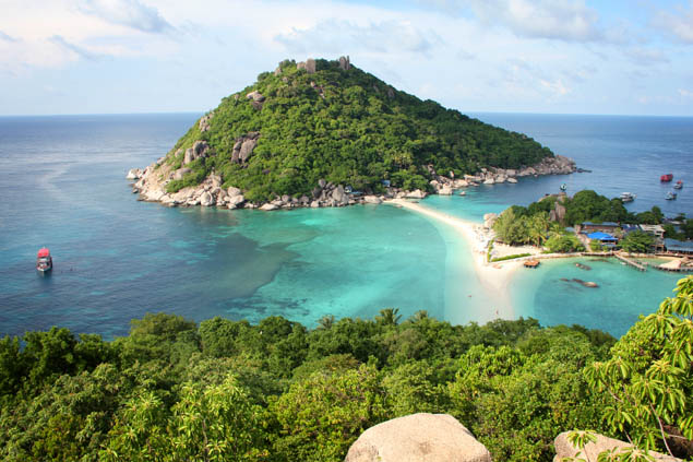 From spots in Thailand to Brazil, these gorgeous and unknown islands need to be at the top of your travel bucket list.